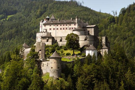 Burg Hohenwerfen - Ausflugsziele im Salzburger Land